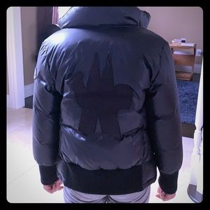 Moncler girls Puffer jacket in black, size 8